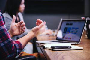 KTU mokslininkė: koronaviruso akivaizdoje pagrindinė įmonių socialinė atsakomybė – darbo vietų išsaugojimas